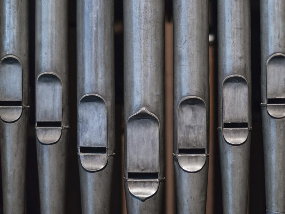 1_0047_organ-pipes-3919930_1920-1024x683-1